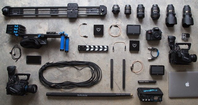 equipo-fotográfico-cámaras-fotos-flash-trípodes-mochilas-evil-reflex-dslr